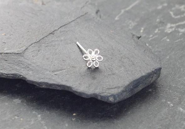 piercing nez argent fleur pas cher aia piercing. Black Bedroom Furniture Sets. Home Design Ideas