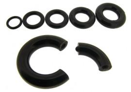 Piercing anneau segment acrylique noir