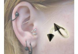 Piercing spirale pic noir