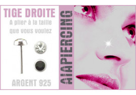 Piercing nez argent pierre close