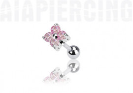piercing cartilage : fleurs roses