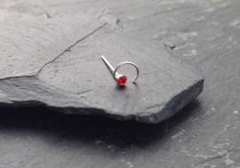 Piercing nez spirale et pierre - rouge