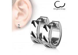 Boucle d'oreille anneau acier ciselé