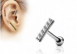 Piercing cartilage barre blanche