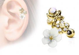 Piercing cartilage, hélix fleurs et perles plaqué or