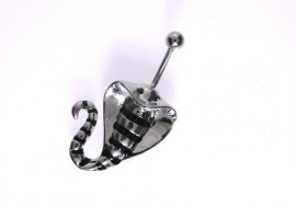 Piercing nombril cobra