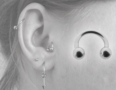 piercing helix fer a cheval, piercing hélix oreille